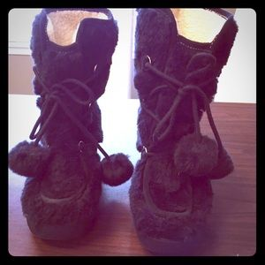 Juicy Couture black lace up pom pom boots!!